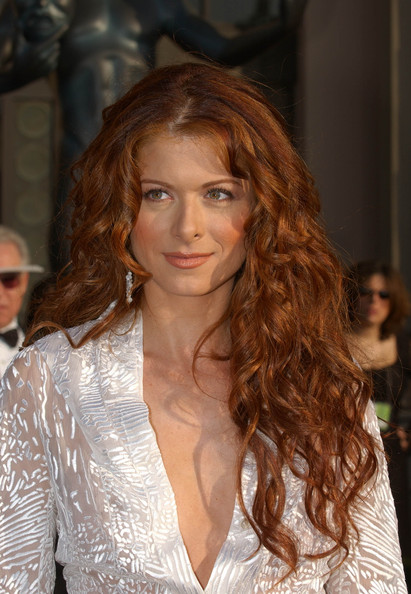 Debra-Messing-long-red-curly-hair