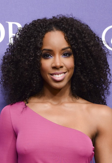 Kelly-Rowland-Naturally-Curly-Hairstyle