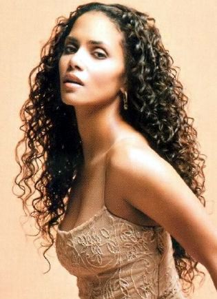 Halle Berry Long Curly Hair Style