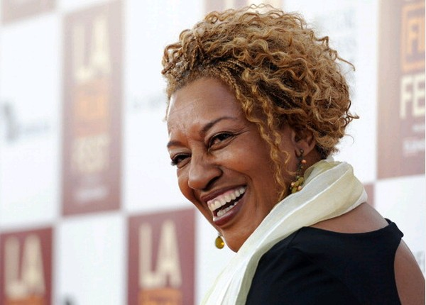 CCH Pounder Short Blonde Curly Hair Style